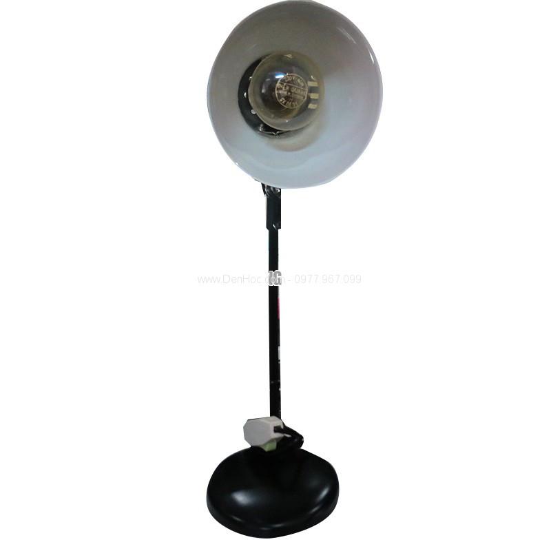 Đèn bàn bóng sợi đốt - Ánh sáng tốt, nhưng rất nóng, nhanh cháy và tốt điện